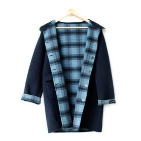 定做双面绒大衣要比在品牌专卖店购买要划算的多