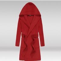 最新男式羊绒大衣既能满足外形的需要又能满足保暖的需要